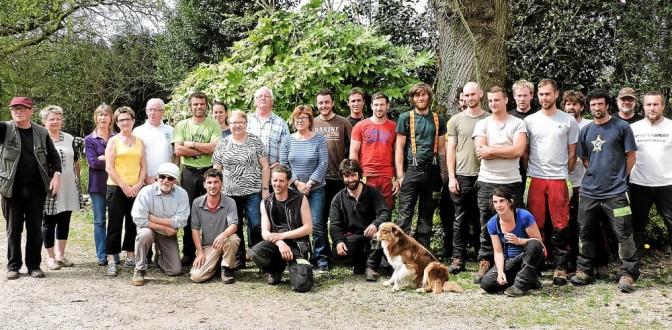 Huelgoat. Échange de bons services à l'arboretum – Bretagne – Le Télégramme, quotidien de la Bretagne